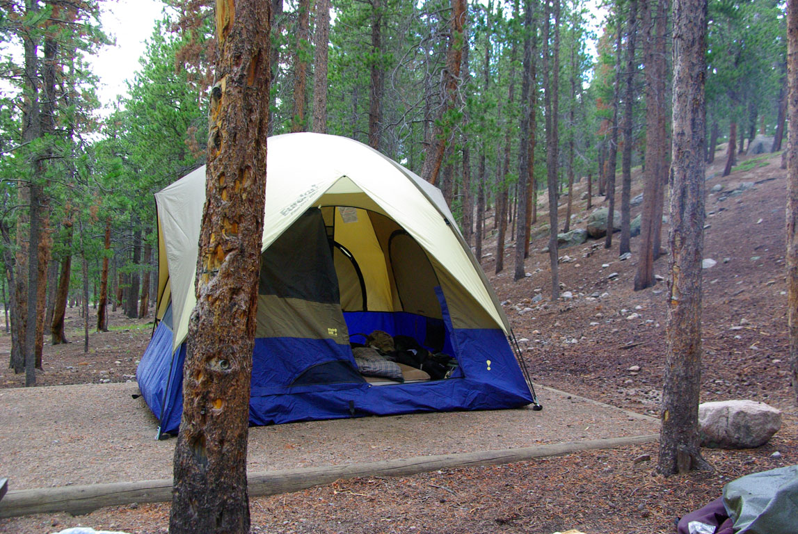The pads Iu0027ve c&ed on (at glacier basin u0026 morraine park) have all been elavated which means you really canu0027t put a bigger tent on them & Tent pad size - Car Camping - RVing - ProTrails Forums
